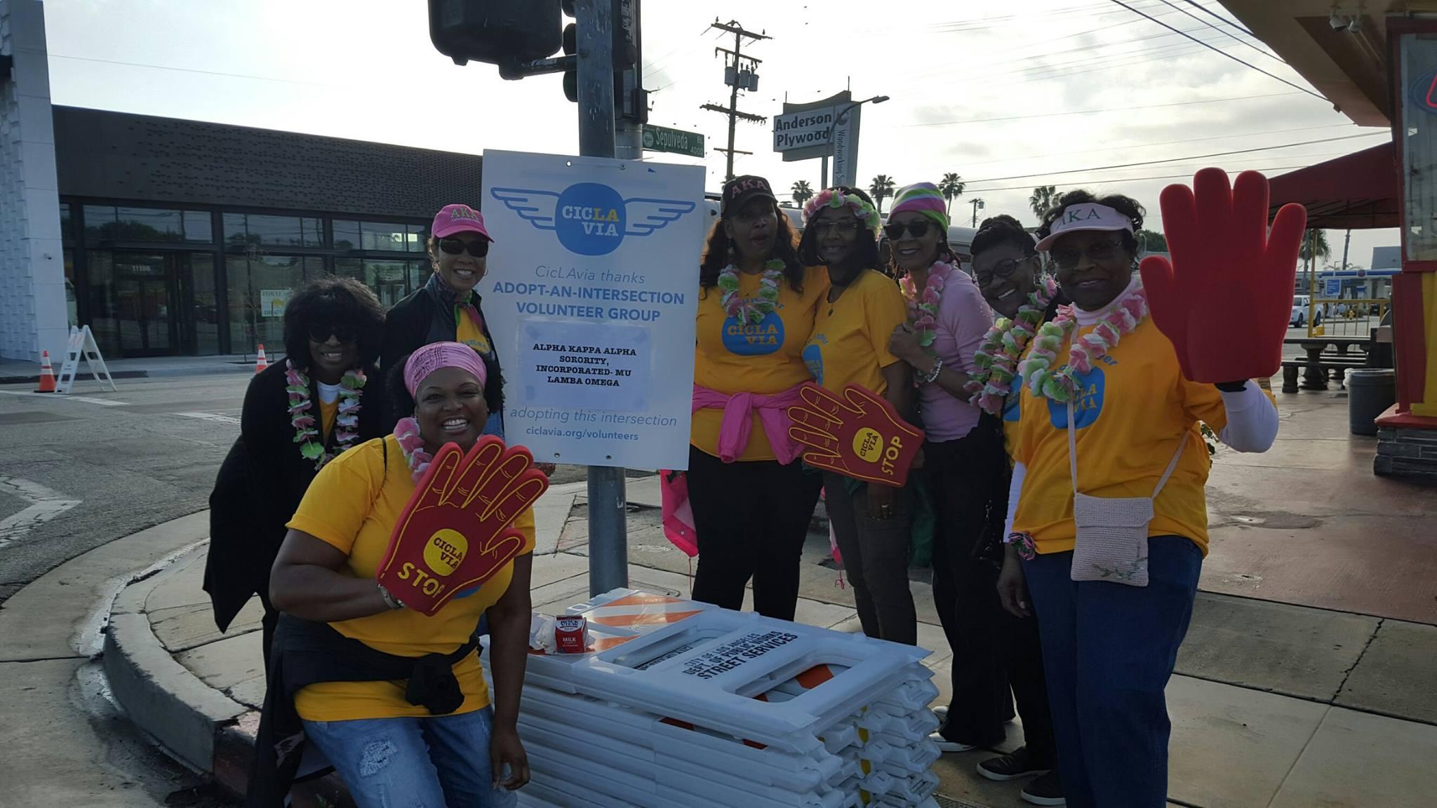 Mu Lambda Omega Chapter Volunteers at CicLAvia